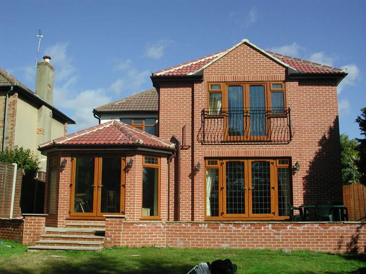 Huddersfield Oak effect uPVC Tiled roof Conservatory