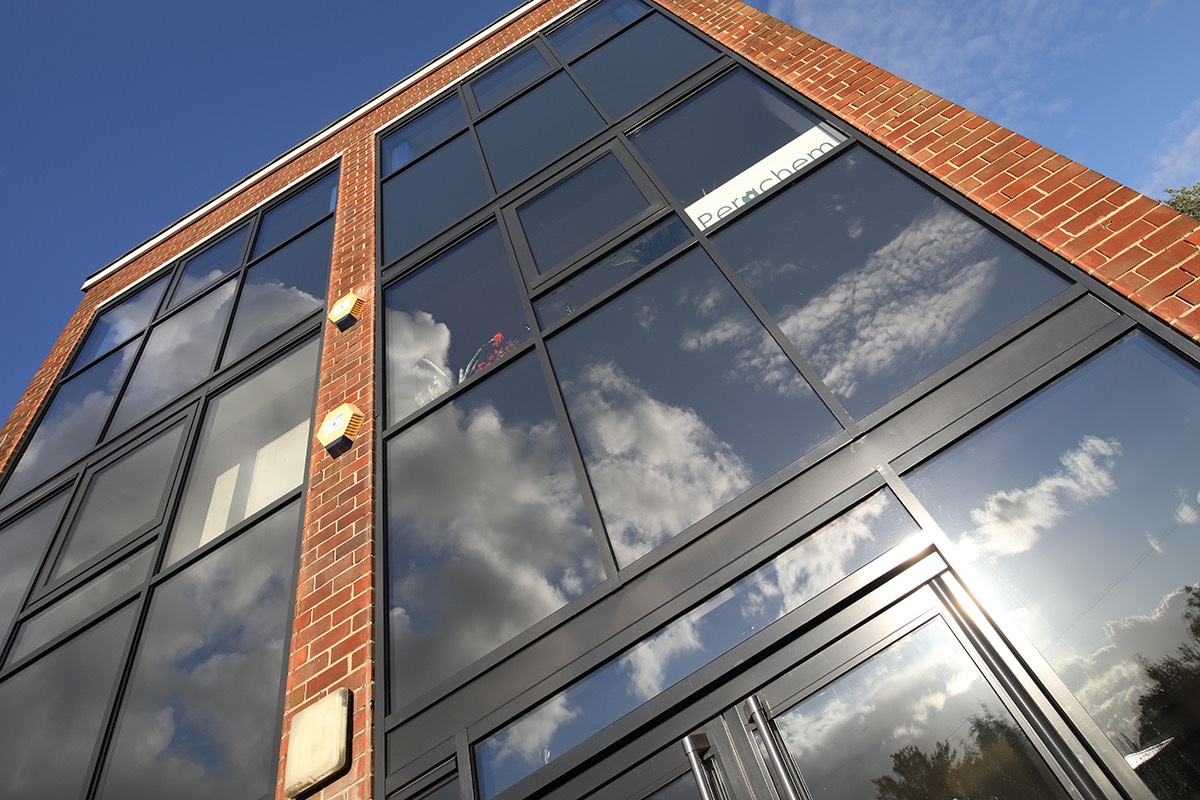 Sizer S Court Kingfisher Windows